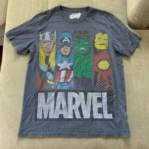 OLD NAVY MARVEL AVENGERS GRAPHIC T SHIRT TOP